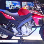 Yamaha V-Ixion 2013 red black pictures