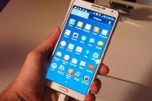 Samsung launches Galaxy Note 3 & Smartwatch