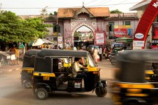 An Auto-rickshaw driver might be your life-saver in case of an accident!