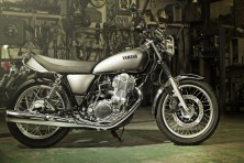 Yamaha's iconic SR400 takes you back to the 70s! India launch soon