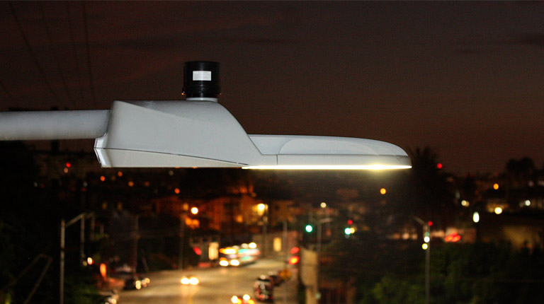 'Intelligent' LED Streetlights to be installed in Trivandrum!